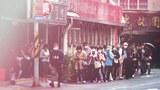 有秩序的排队买口罩,变成台湾民众日常生活的一部份。(锺广政 摄)