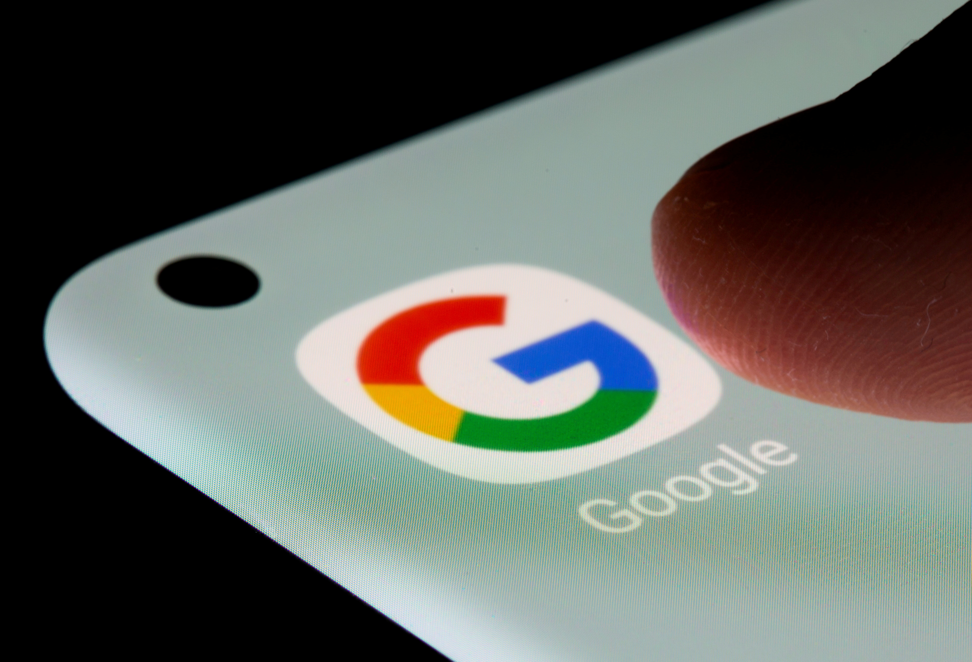 中國網民需「翻牆」才能使用Google。(路透社資料圖片)
